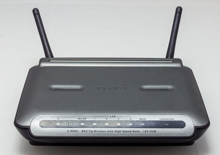 Belkin_Wireless_G_Router_F5D7231-4_Version_1000de-1121 router